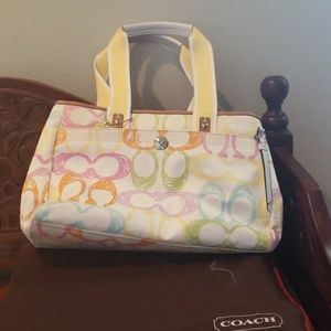 Coach bag new, 3 items, with hat, makeup bag